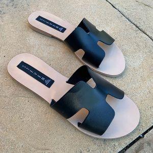 Grady black sandals